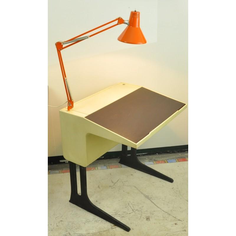 bureau luigi colani ann es 70. Black Bedroom Furniture Sets. Home Design Ideas