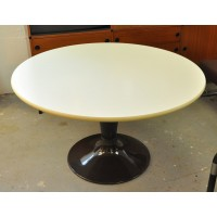 Table Orbit, Farner & Grunder, Herman Miller